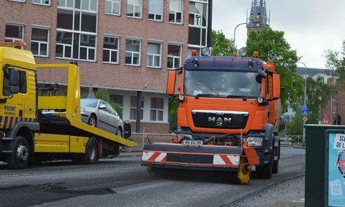 Veegzuigwagen4